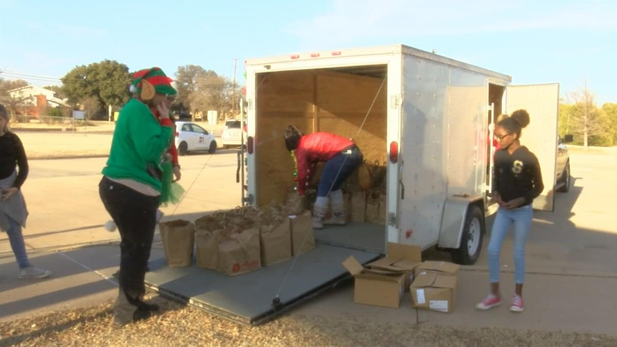 Church Donates Christmas Meals To Families Of WFISD Elementary School