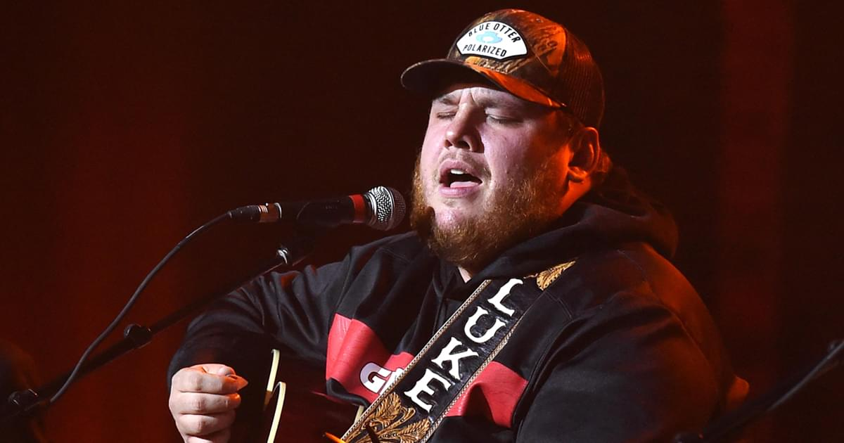 "Watch Luke Combs Perform ""Six Feet Apart"" on ""The Late Show"""