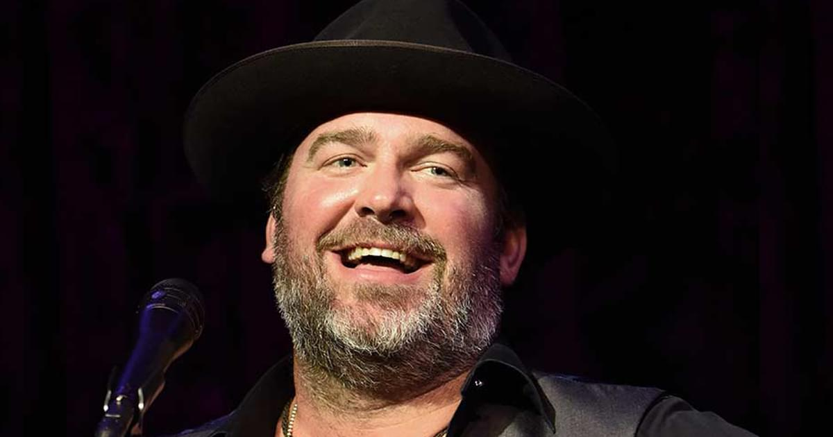 """Lee Brice's """"One of Them Girls"""" Is No. 1 on the Billboard Country Airplay Chart for 3rd Straight Week"""