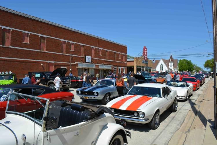 Cruisin' Nocona & Vicari Car Auction