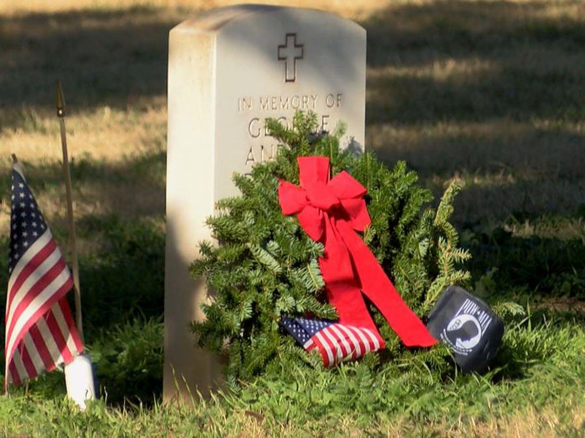 Veterans Graves Get Wreaths For The Holidays