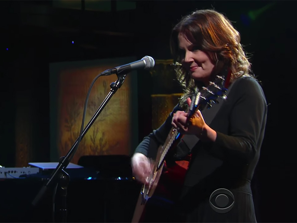 "Grammy Award Winner Lori McKenna Performs Her Own Heart-Tugging Version of ""Humble and Kind"" on ""The Late Show with Stephen Colbert"""