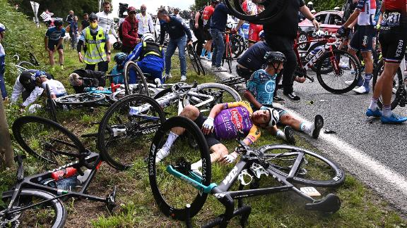 Fan Crashes Bicyclers at Tour de France