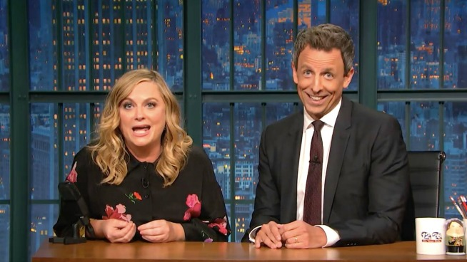 Amy Poehler & Seth Meyers reunite to ask 'REALLY?!'