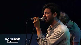 Young The Giant – Cough Syrup (Wintrust Band Jam)