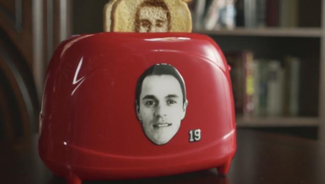 "Watch Jonathan Toews ""Toews-ter"" vs. Wayne Gretzky's toaster"