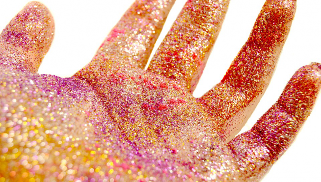 Hallelujah:  Scientists Call for Ban on Glitter