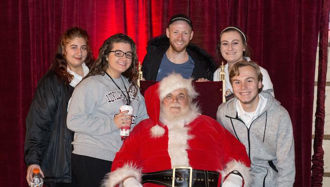 Pics with Santa (12/1) – #TNWSC 2017