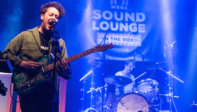 Watch The Wombats cover Bing Crosby for seasonal feels