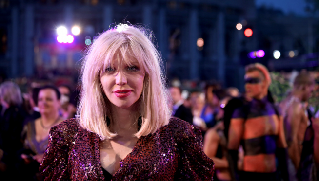 Courtney Love wanted ex son-in-law dead over Kurt's guitar, lawsuit claims.