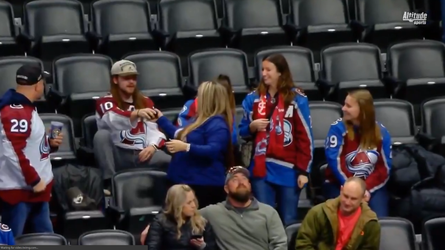 Avalanche fan proves he's the worst boyfriend of all time