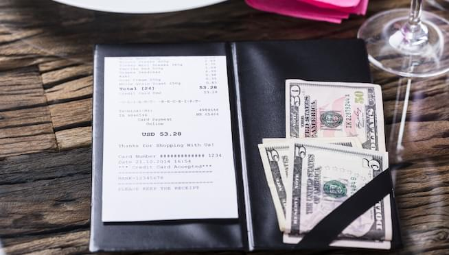"""Why CNBC's video on a """"tipping trick"""" is bullsh*t"""