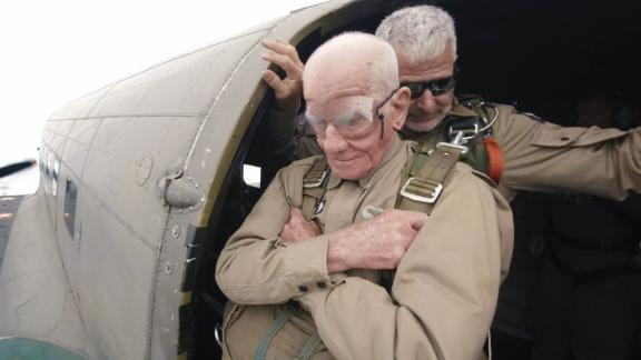To honor of the 75th anniversary of D-Day, this vet jumped into Normandy