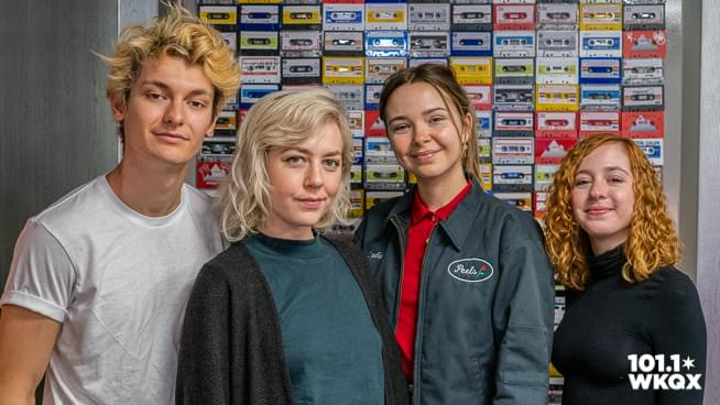 The Regrettes — The Lounge