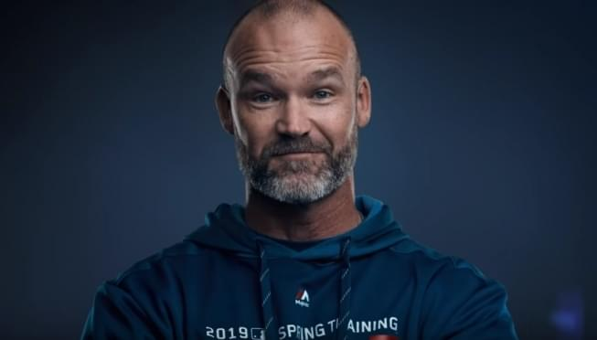 It's Official, David Ross in as Cubs manager