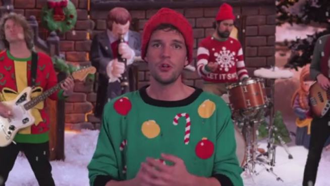 Top 50 Alternative Christmas Songs That Don't Suck