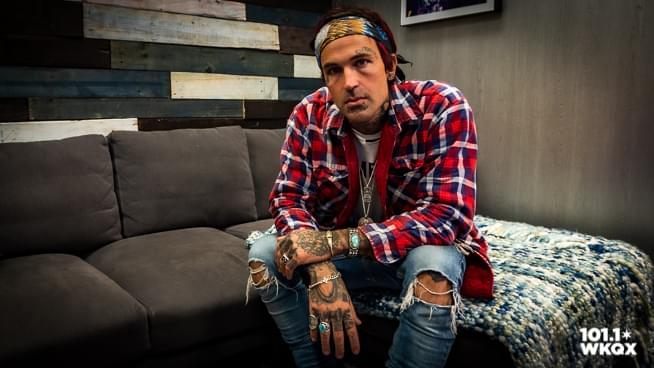 Yelawolf — The Lounge