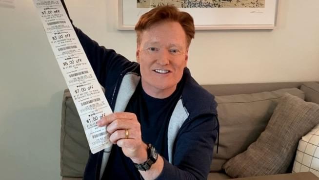 Conan O'Brien's toilet paper life hack