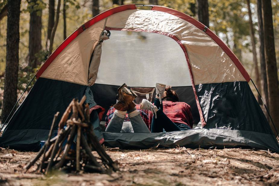 City of Des Plaines alarmed by tent revival that does not comply with Covid-19 orders