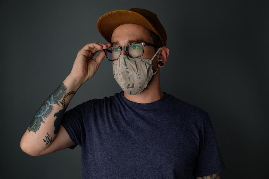 There is a dating site for anti-maskers