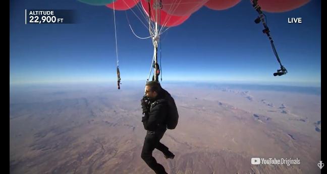 Watch David Blaine float over 24,000 feet by balloon (Live Stream)