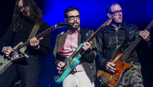 Weezer to play OK Human, old favorites with orchestra