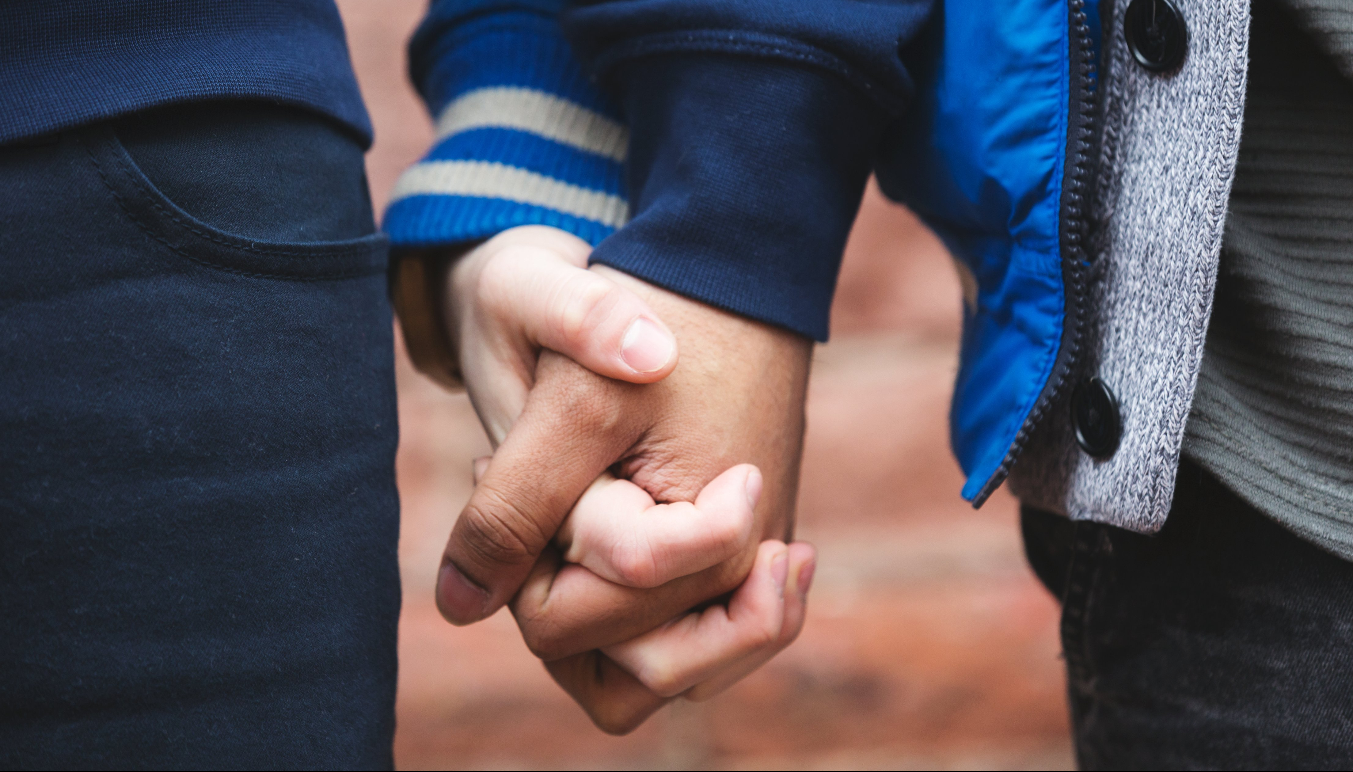What Were They Thinking? Dating Experiment Goes Horribly Wrong for Handcuffed-Couple