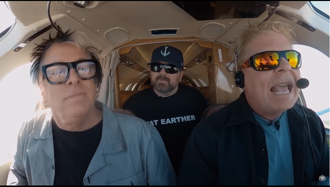 Dexter Holland of The Offspring takes karaoke from the car to the cockpit