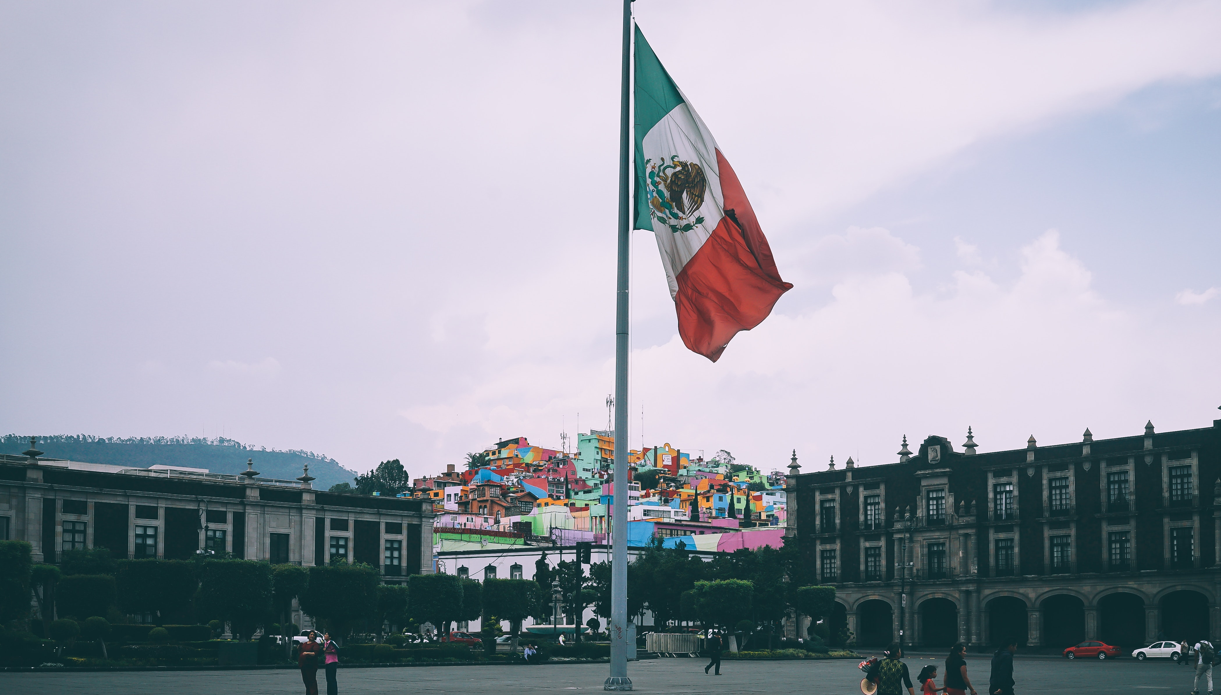 WKQX celebrates Mexican Independence Day