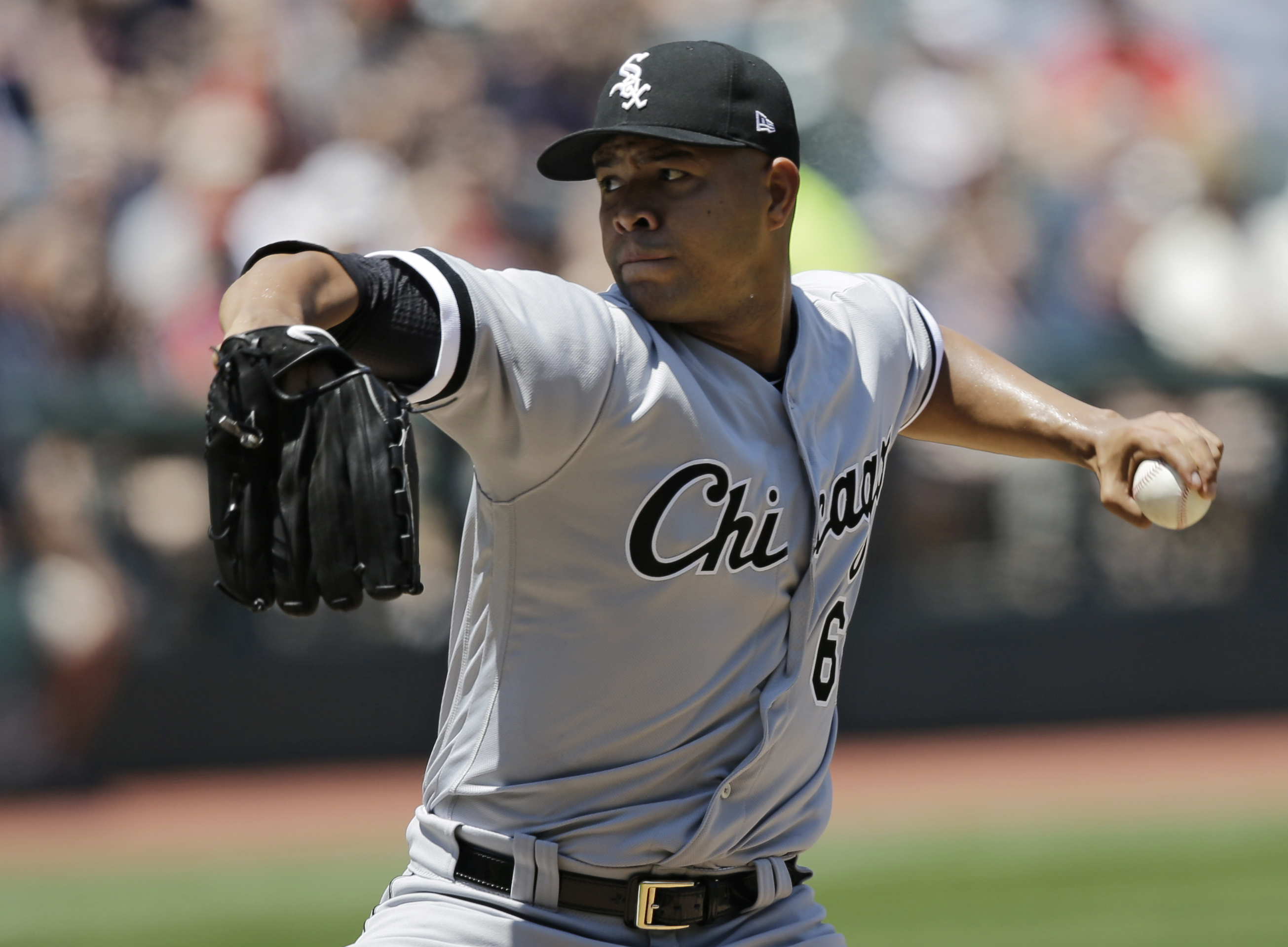 White Sox trade Jose Quintana to the Cubs.