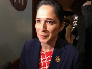 Comptroller Mendoza says she'll stop helping municipalities collect red-light camera fines