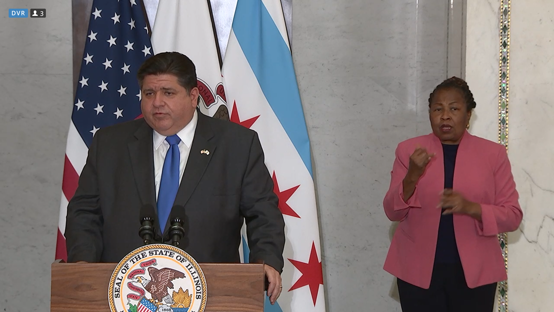 Pritzker denies Lightfoot's plea to rethink closing indoor dining & bar service