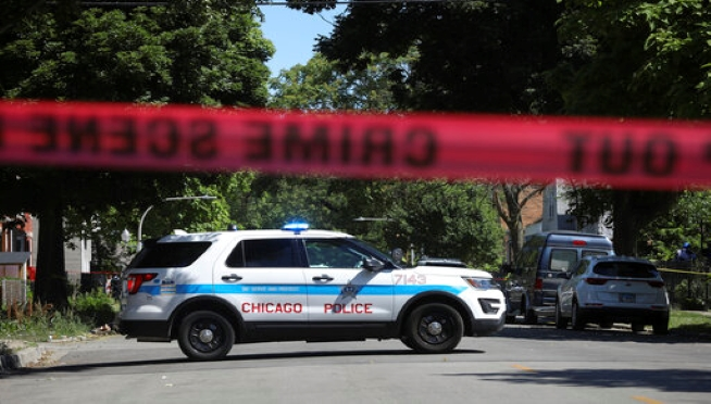 Does Chicago need more detectives or more programs?
