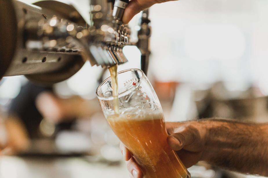 Study finds: Drinking beer daily can almost double a man's chances of hitting 90