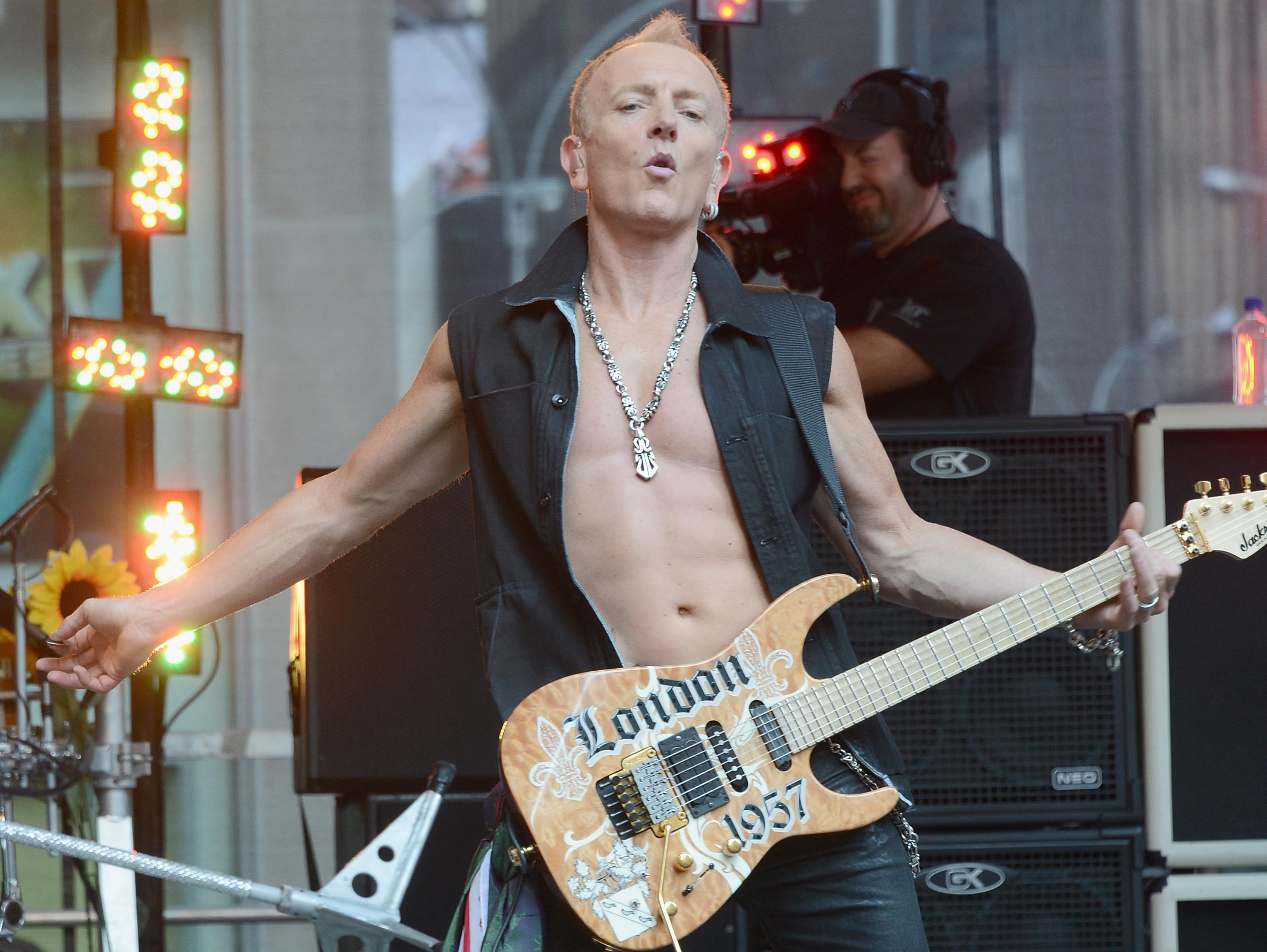 Def Leppard Guitarist Phil Collen Confirms New Album In The Works 94 7 Wls Wls Fm