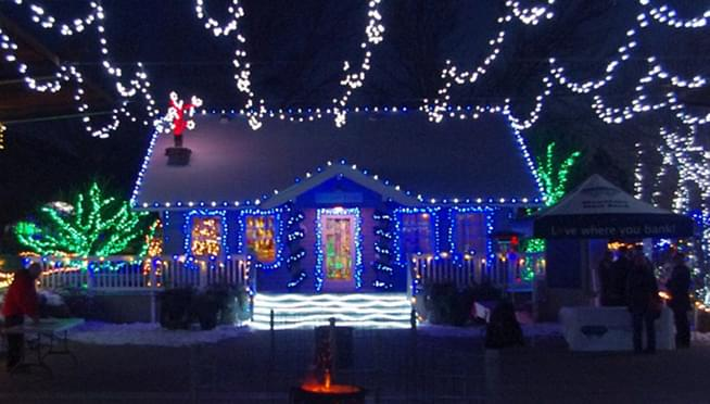 Home Owners Association tells family it's too early for Christmas decorations