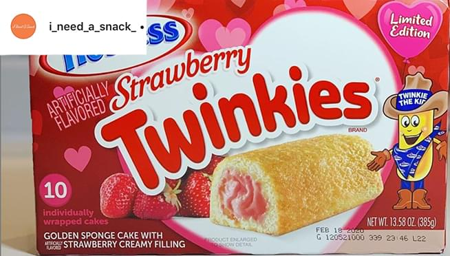 Twinkies has a new STRAWBERRY flavor now