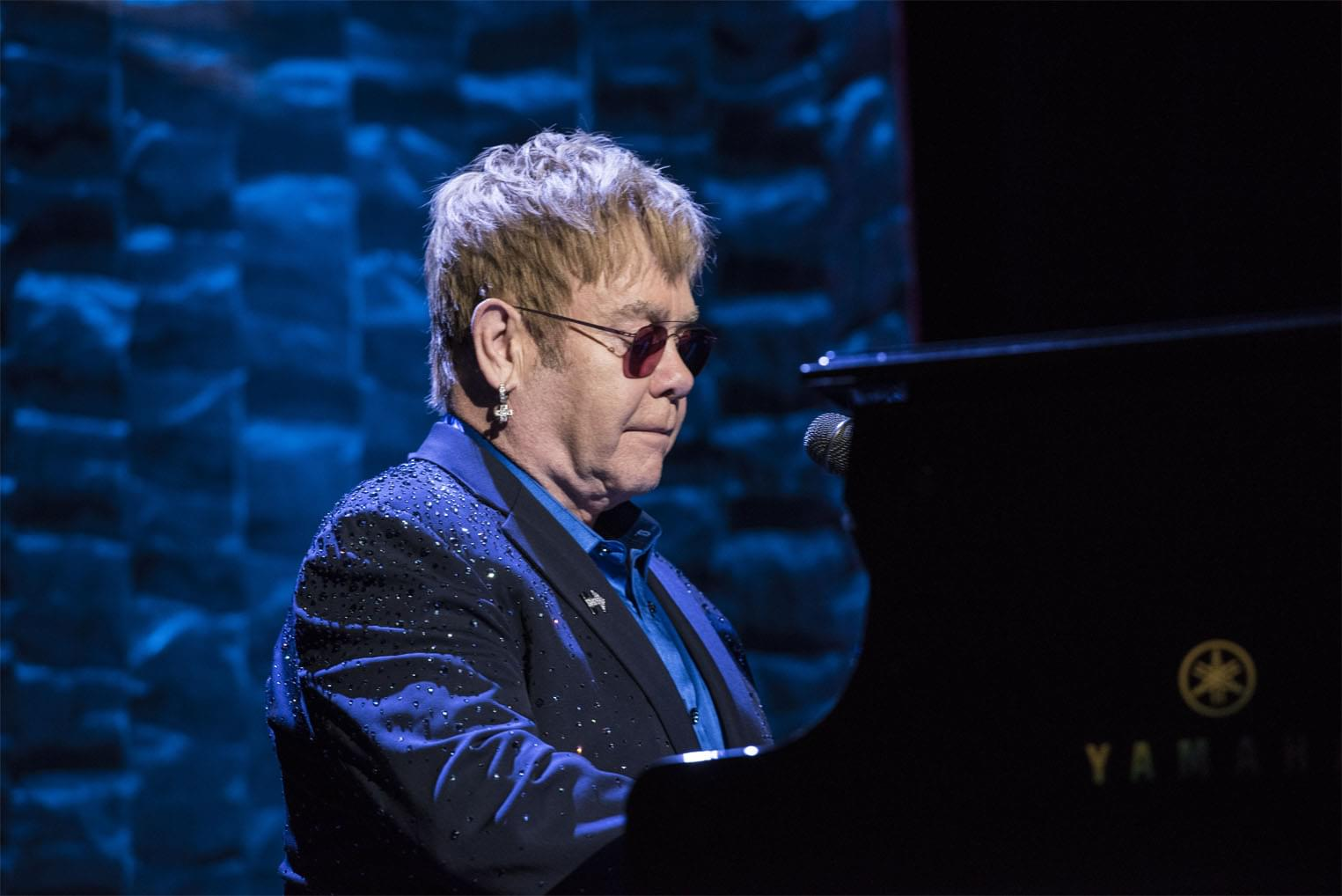 Elton John made it an hour and a half with walking Pneumonia before having to cut his concert short