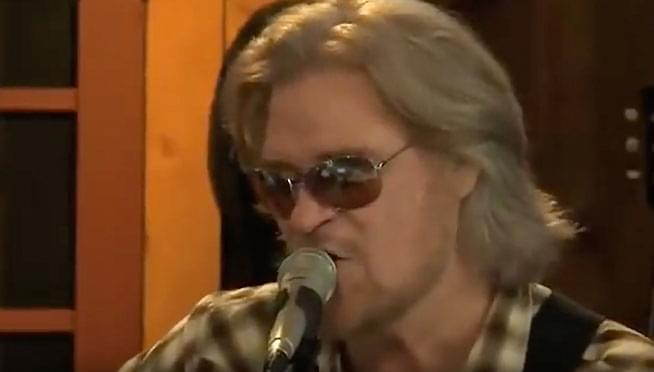 Daryl Hall's 'Live From Daryl's House' airing on AXS TV this month