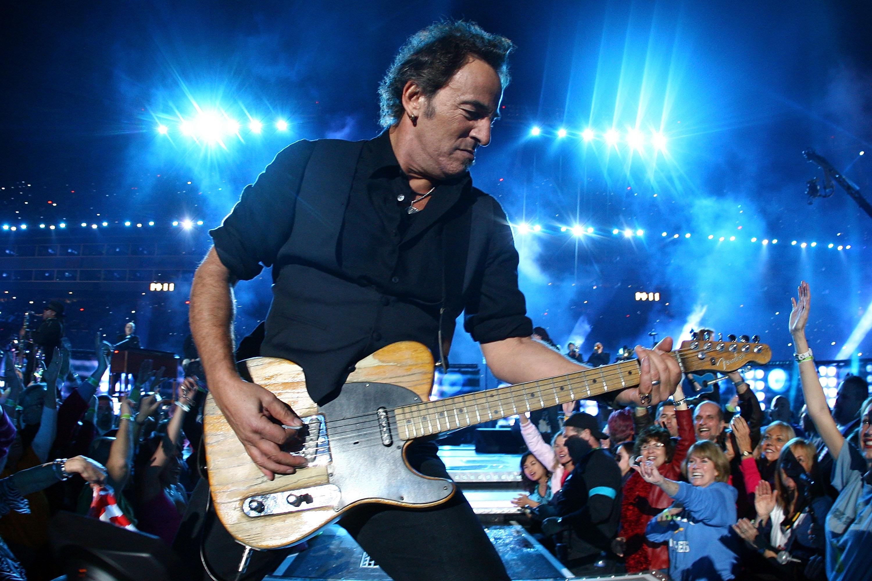Bruce Springsteen is playing a live virtual stadium show tonight