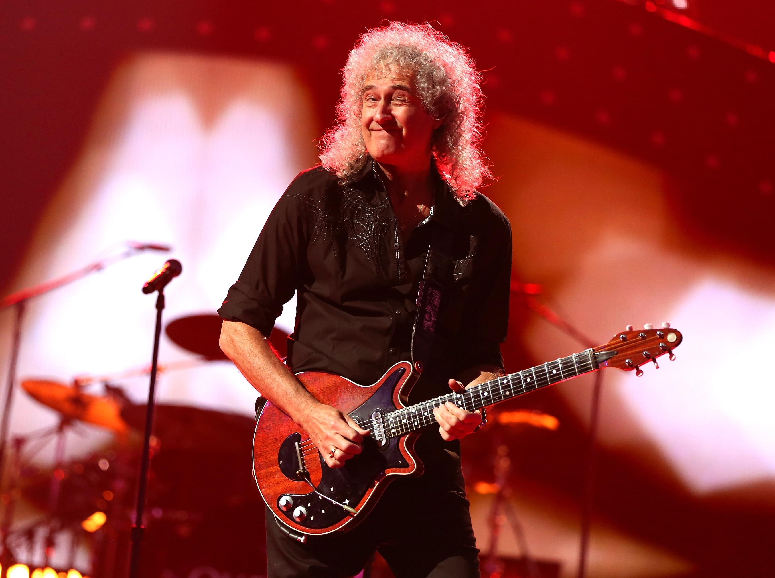 Queen's Brian May and a bunch of guitarists performed this awesome instrumental cover of Bohemian Rhapsody