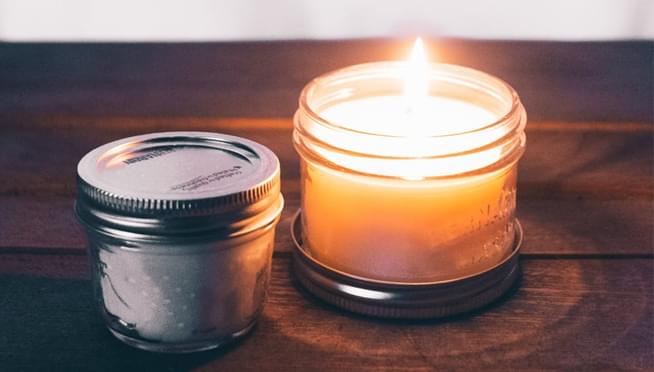 Oreo-scented candles are now something you can buy