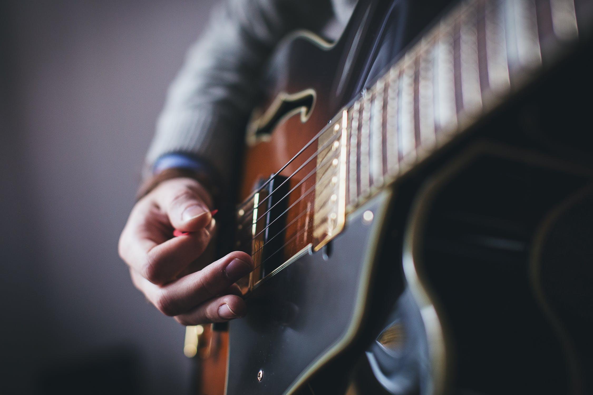 Guitar sales at record HIGH during pandemic