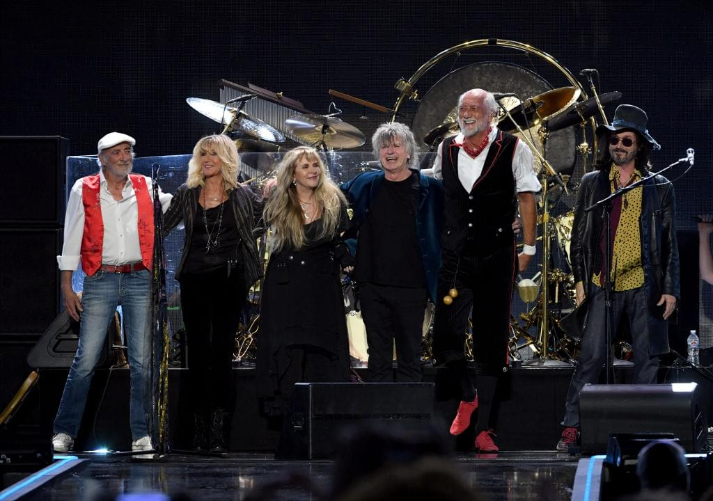 """A new generation is discovering Fleetwood Mac's """"Dreams"""" through this viral video"""