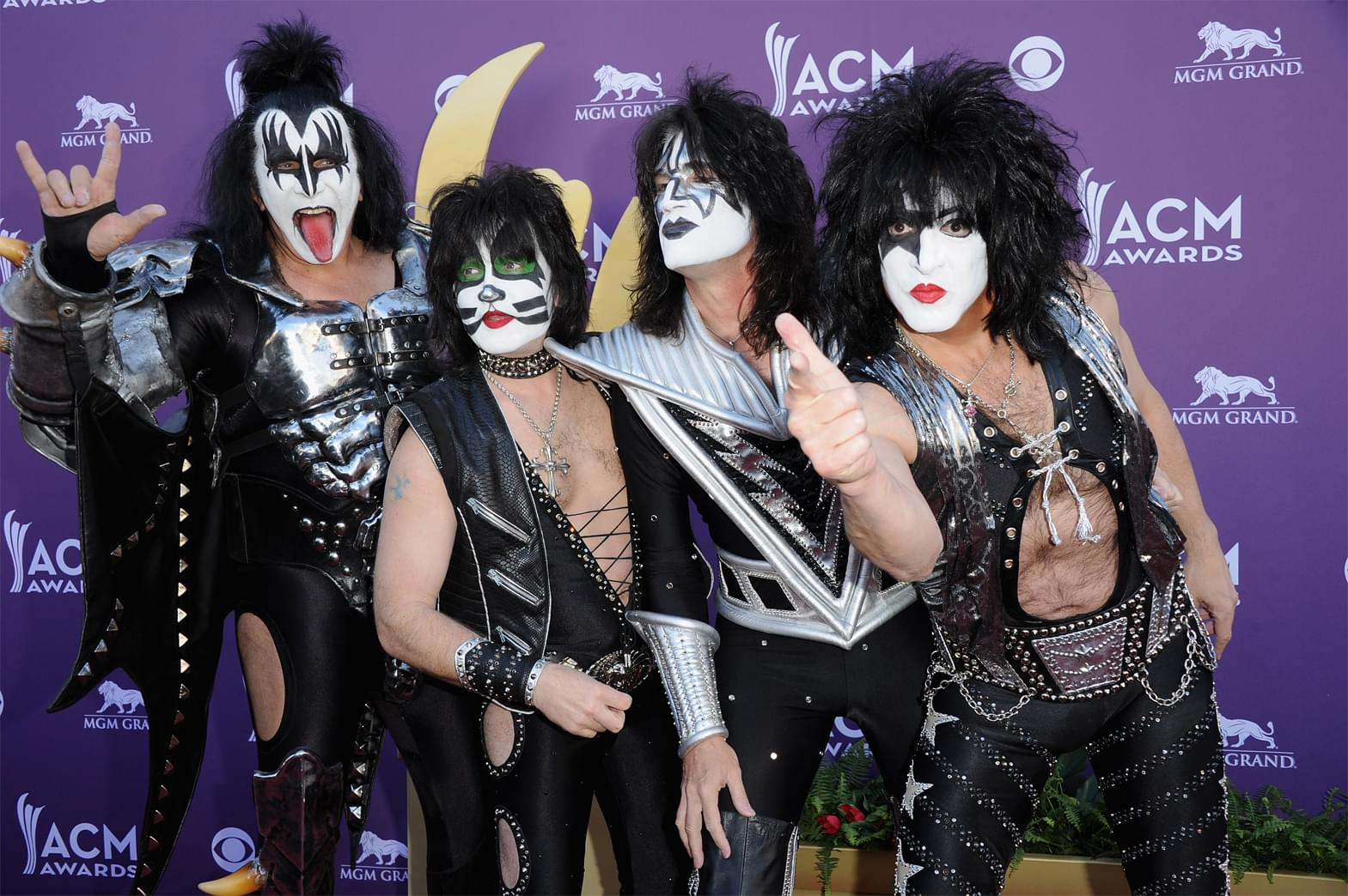 KISS to stream live New Year's Eve celebration and concert