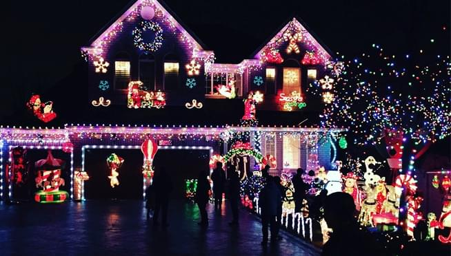 Got the best decorated house on the block?  Then this is the contest for you!!