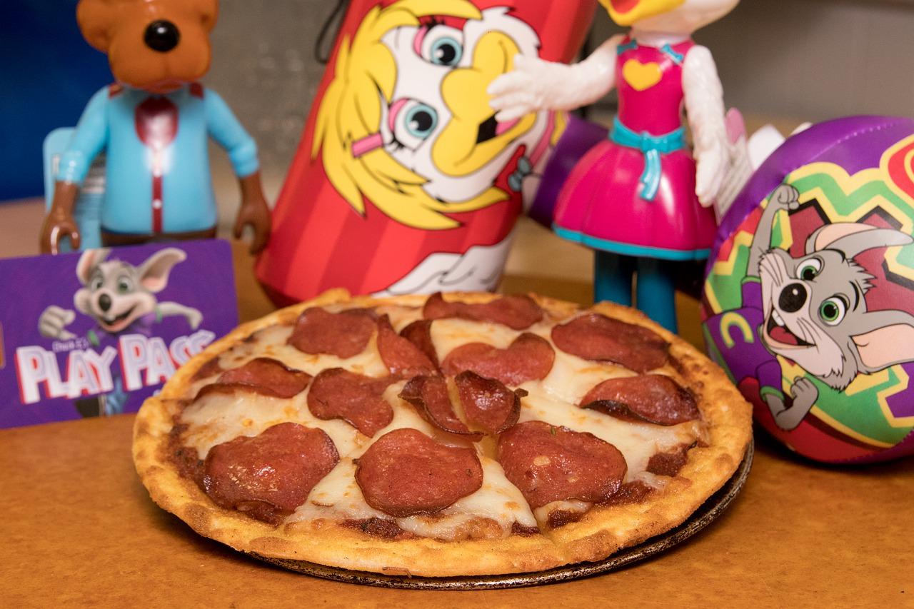 Chuck E. Cheese now has a frozen pizza line