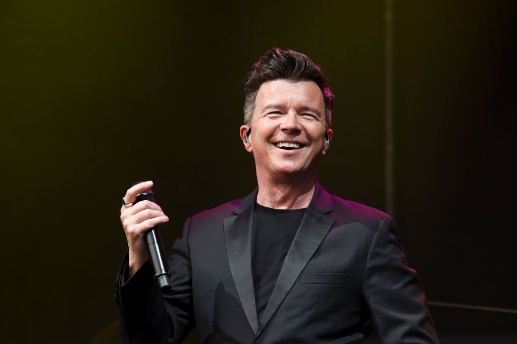 Illinois kid Rick Rolled their high school to show a flaw in their security