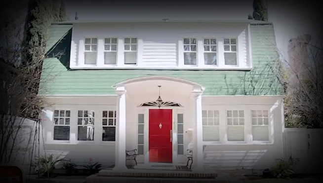 """You can now buy Nancy's House from """"A Nightmare on Elm Street"""" for $3.25 Million"""