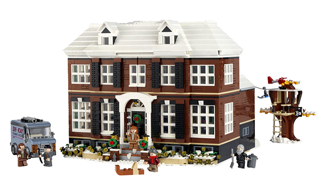 """There is now a """"Home Alone"""" 3,955 LEGO set of the McCallister Home"""